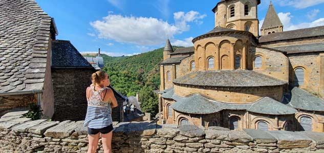 conques-city-church uitzicht