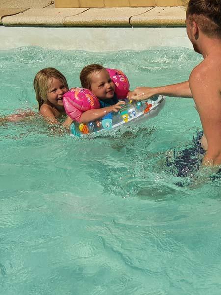 zwembad vakantie frankrijk